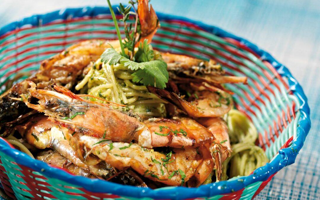 """Garnelen mit """"Schätze der Karibik"""" auf Spaghettini mit karibischem Pesto"""